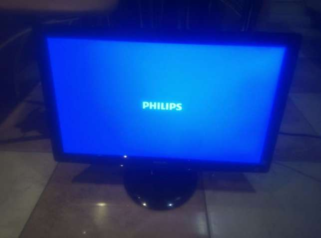 "LED Монитор 23"" Philips 236V3L(DVI+VGA) 1920х1080"