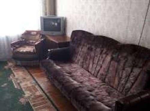 Сдам отдельную комнату б/хозяев,Днепровский  р-н,м.левобережная 10 мин