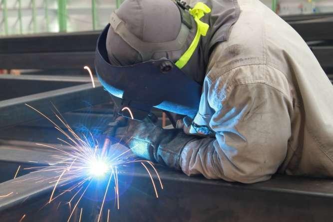 Ми пропонуємо виробники металевих конструкцій