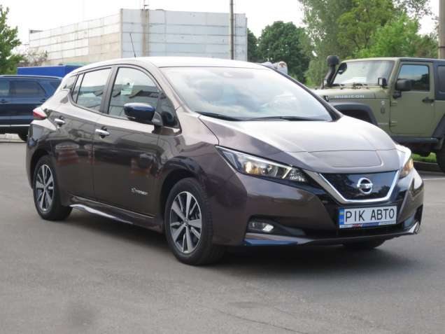Nissan Leaf Acenta 40kWh+Dynamic 2018
