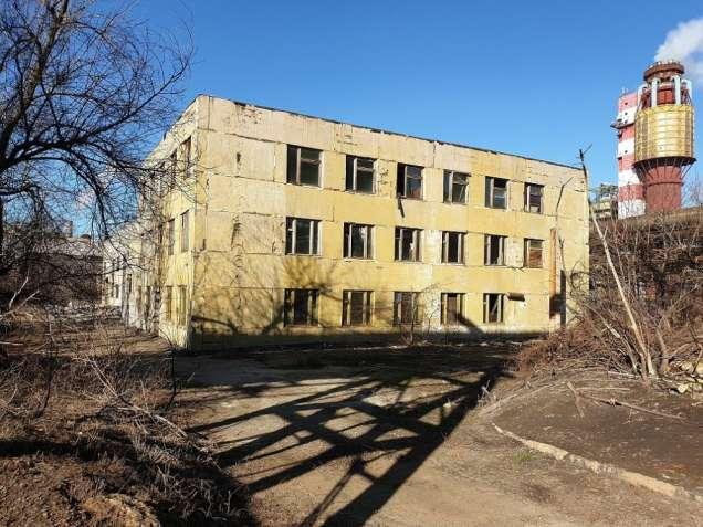 Продаем здание производственного цеха с АБК расположенного в Каменское