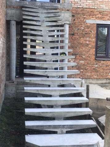 Виготовлення залізобетонних сходів(висячі, без підпорок.)