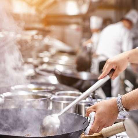 Работа для поваров, женщин и мужчин, в Чехии