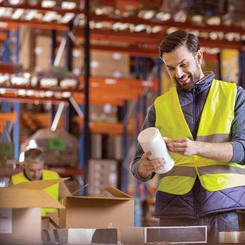 Работа для мужчин и женщин на складе продуктов в Чехии