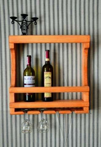 Дерев'яний настінний міні бар для вина та бокалів