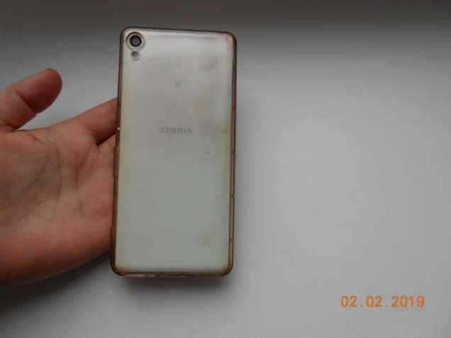Чехол на телефон Soni f3112