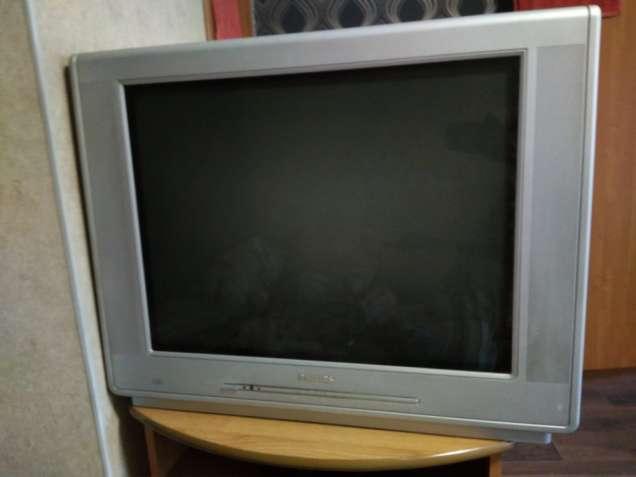 Телевизор (отдам)