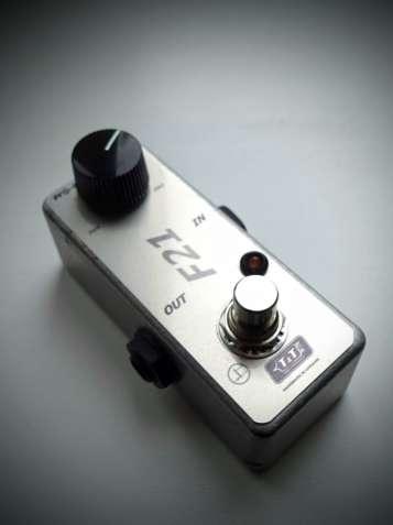 Бустер Tubes and Transistors F21