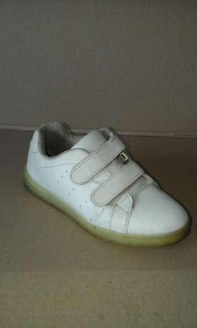 30ad493bf Дитяче взуття. Купить дитяче взуття: для хлопчиків / дівчат, малюків ...