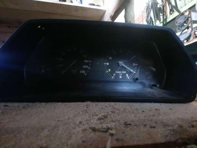 Приборная панель Audi 100 81117317 81 117 317. - зображення 2