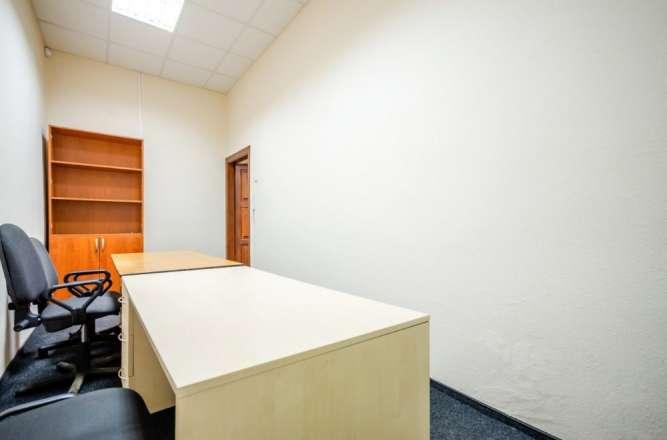 Комфортное помещение, современный ремонт, м. Золотые ворота
