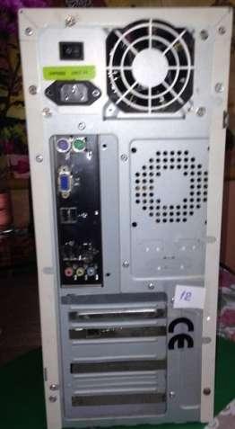 Продам компьютер AMD Athlon II X2 250 3.0 GHz/4GB DDR3/HDD 320GB