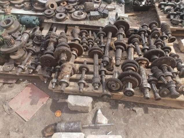 Продам  Запчасти к металообрабатывающим станкам