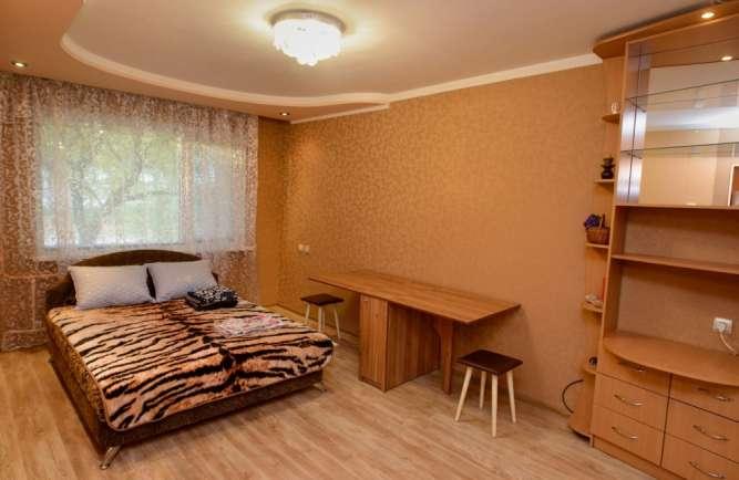 Уютная квартира р-н Торгового центра Depot , по улице Юрія Іллєнка 23
