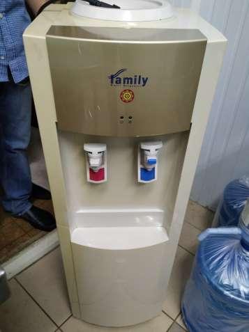 Продам кулер для бутылеваной воды