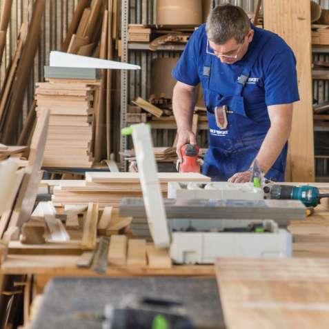 Работа для столяров на производстве яхт в Польше