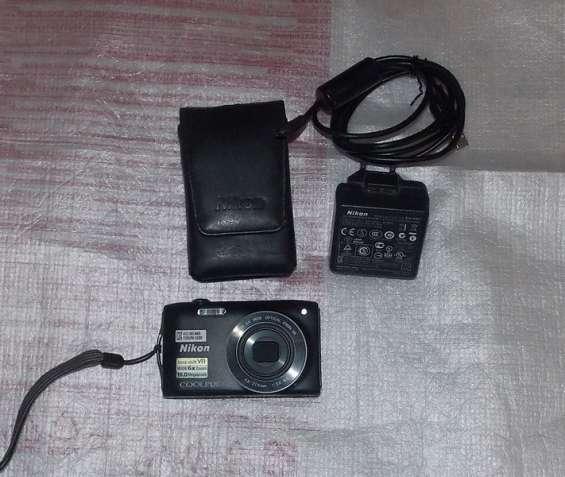 Фотоаппарат Nikon Coolpix S3300