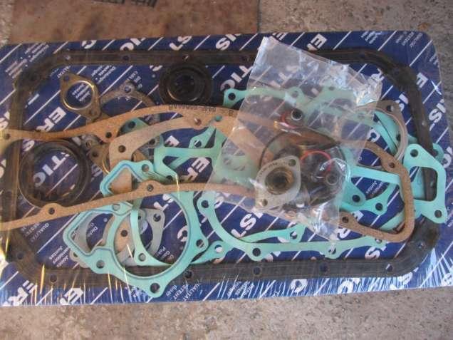 Набор прокладок двигателя Ford Transit 2,5 diesel 95-00