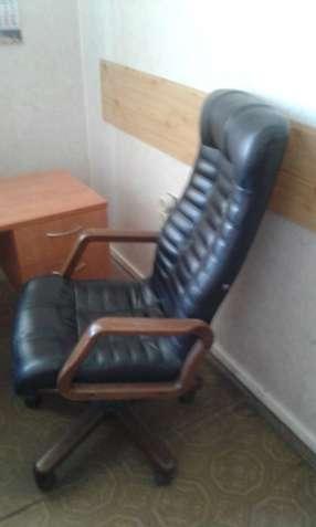 Кресло руководителя.
