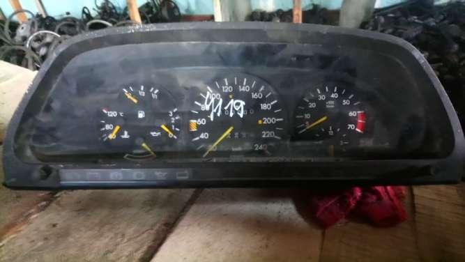 Mercedes Late C126 560sec W126 sel vdo Instrument cluster 902/29/11