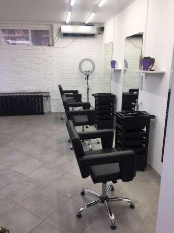 В beauty centre LESYA требуется парикмахер-колорист с опытом работы