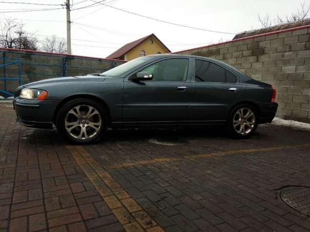 Продам Volvo s 60 2.4л 2008года - изображение 3
