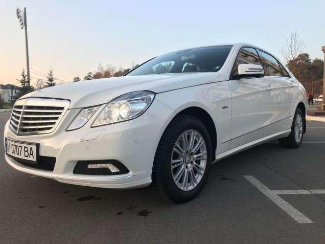Продам Mercedes-Benz E 200