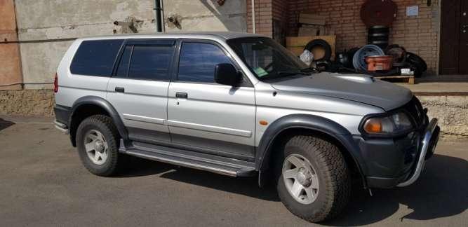 Продам автомобіль Mitsubishi Pajero Sport