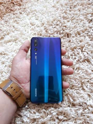 Huawei P20 pro Китайська версія..!