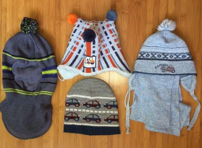 продам шапки теплые детские на мальчика 1-5 лет